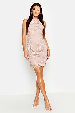 Se  Boutique  Lace Racer Neck Bodycon Dress ved Boohoo.com