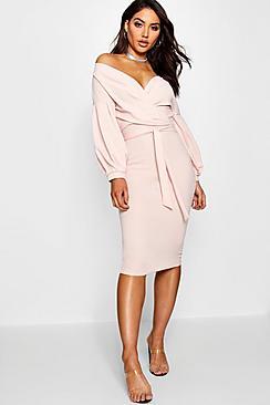 Se  Off The Shoulder Wrap Midi Bodycon Dress ved Boohoo.com