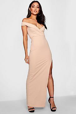 Se  Wrap Off The Shoulder Maxi Bridesmaid Dress ved Boohoo.com