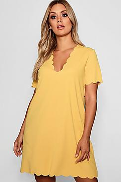 Plus Scallop Edge V Neck Shift Dress