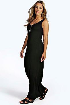Se  Plus  Scoop Neck Maxi Dress ved Boohoo.com