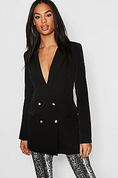 Se  Tall Button Detail Tailored Blazer ved Boohoo.com