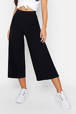 Se  Petite Rib Wide Leg Culottes ved Boohoo.com